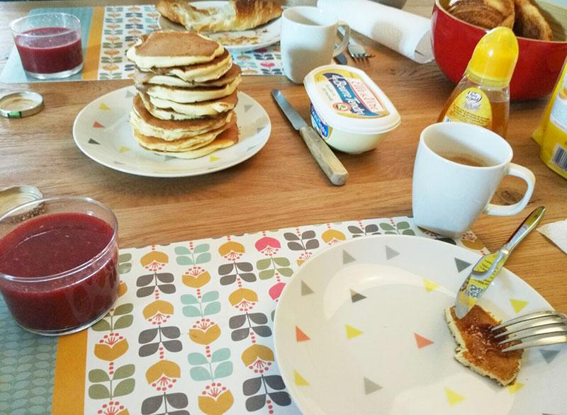 brunch_petit_dejeuner_pancakes_americain